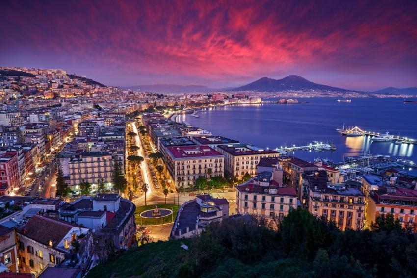 Vita notturna a Napoli